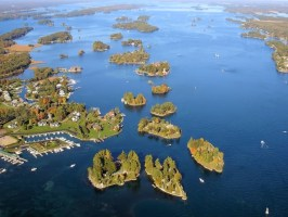 They Call This 1000 Islands. And After Seeing What's On Them, I Want To Move There Immediately.