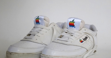 These Bizarre Apple Products Prove Apple Wasn't So Cool In The 80's.