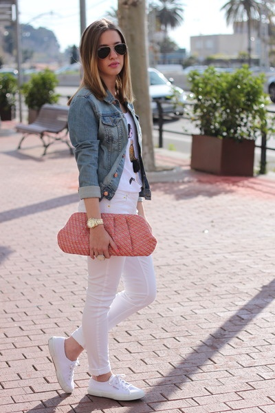 White jeans clutch
