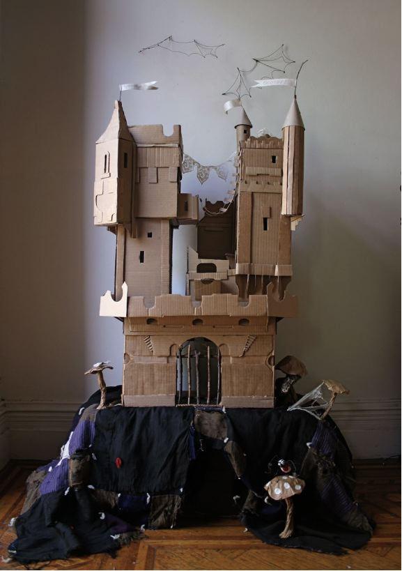 Kartonowy zamek