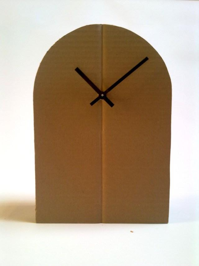 "Cardboard clock ""Model 2"""