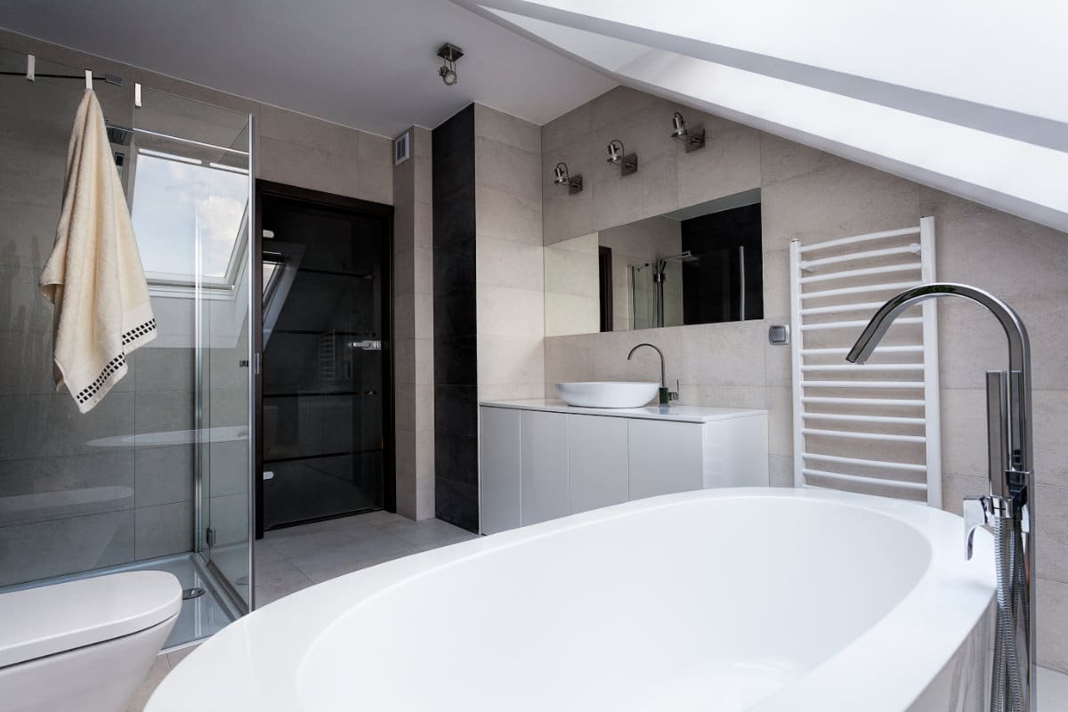 Badkamer Verplaatsen Kosten : Kosten badkamer naar boven verplaatsen vloerverwarming badkamer