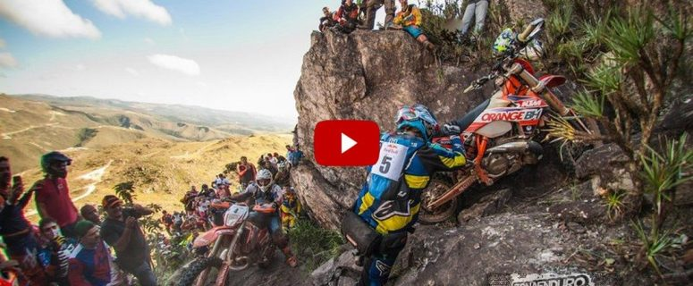VIDEO. paul-bolton-and-philipp-scholz-struggle-up-a-near-vertical-cliff-during-red-bull-minas-hard-enduro-in-brazil