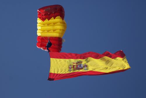 La bandera española gigante de la plaza de Colón cumple 10 años bandera2