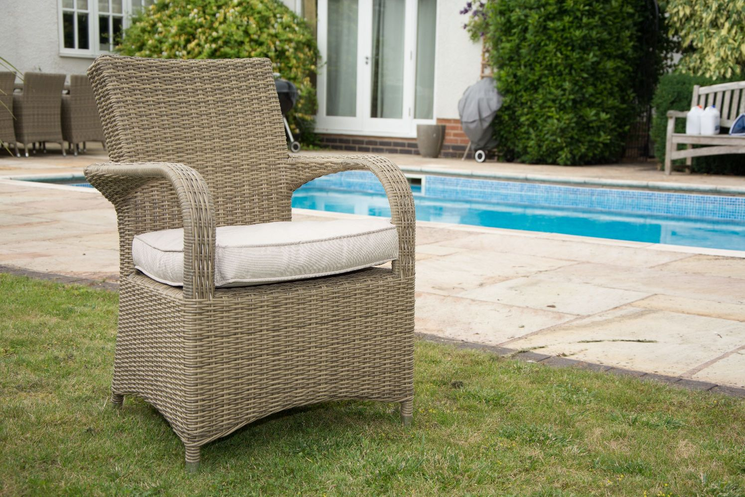 Garden Outdoors Zoo Interiors - Garden Furniture Clearance Leeds