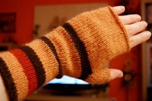 fingerless mittens martha stewart, knit fingerless mittens, knit fingerless mittens free pattern, knit fingerless mittens free tutorial, how to make fingerless mittens, images, pictures