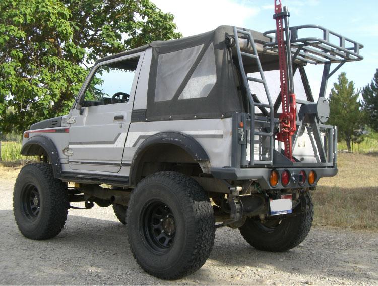 Zuk N Ovations A Suzuki Adventure Company Safari Rear