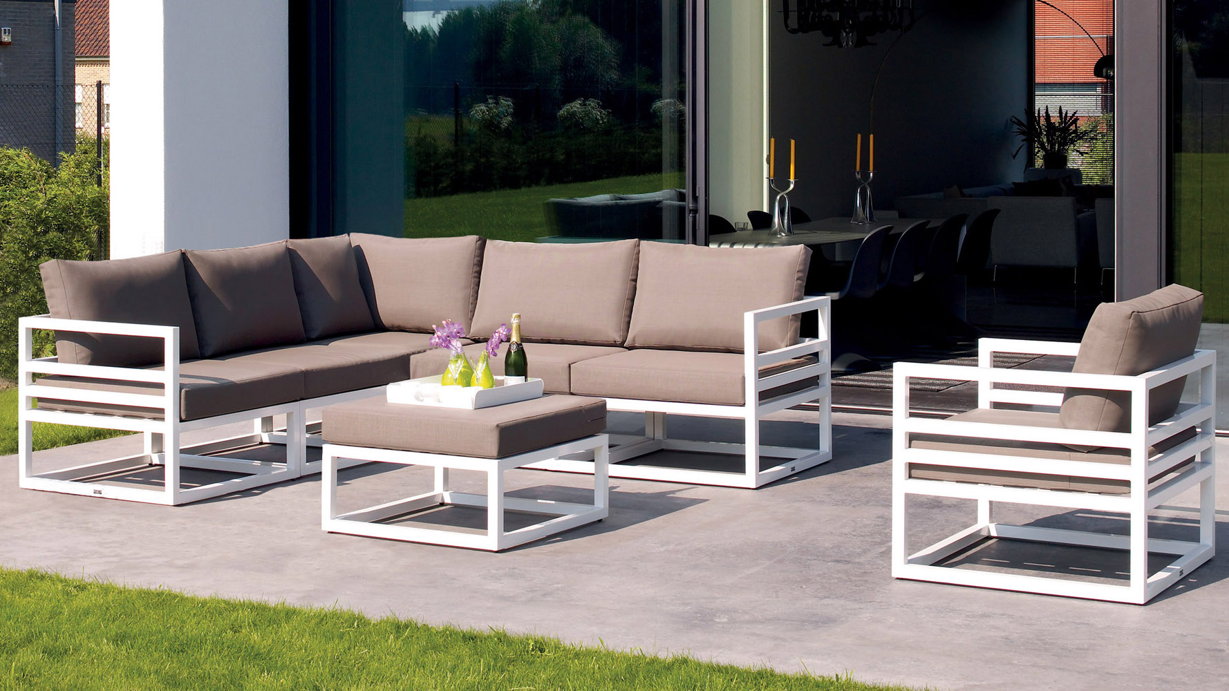 Outdoor Lounge Sofa White Aluminum Fabri Outdoor Lounge Set With Taupe