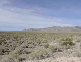 A_scenic_view_of_the_desert_landscape_on_the_desert