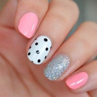 40+ Pretty Polka Dots Nail Designs