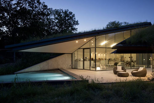 Partial Underground Living: Edgeland Residence by Bercy Chen Studio in architecture  Category