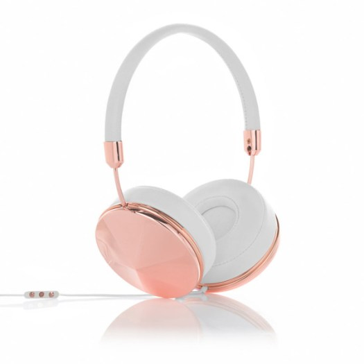 GiftGuide2015-Her-10-Frends-taylor-headphones