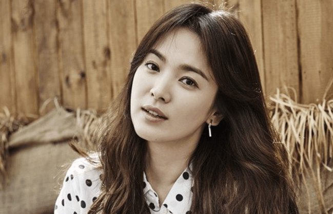 Song Hye Kyo Addresses Song Joong Ki Dating Rumors Herself