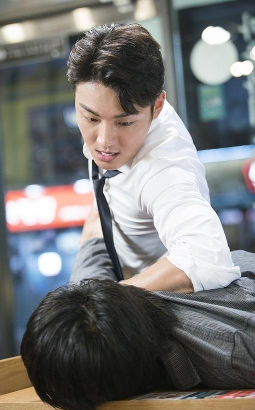"""- Yoon Shi Yoon 13 - Yoon Shi Yoon Isn't Afraid To Fight Back In """"Your Honor""""  - Yoon Shi Yoon 13 - Yoon Shi Yoon Isn't Afraid To Fight Back In """"Your Honor"""""""