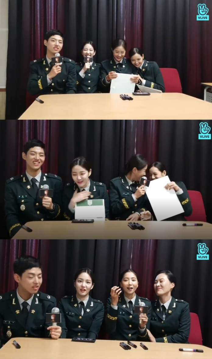 """- Real Men 300 2 - """"Real Men 300"""" Cast Including Hongseok And Lisa Share Their Actual Experience In The Army  - Real Men 300 2 - """"Real Men 300"""" Cast Including Hongseok And Lisa Share Their Actual Experience In The Army"""