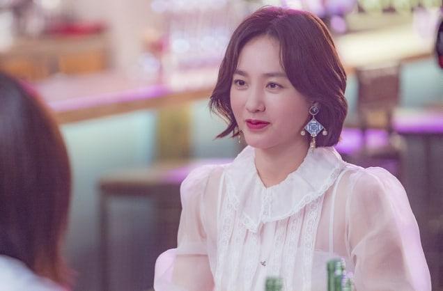 "- Park Joo Mi 1 - ASTRO's Cha Eun Woo, Im Soo Hyang, And Park Joo Mi Meet At A Pub In ""My ID Is Gangnam Beauty""  - Park Joo Mi 1 - ASTRO's Cha Eun Woo, Im Soo Hyang, And Park Joo Mi Meet At A Pub In ""My ID Is Gangnam Beauty"""