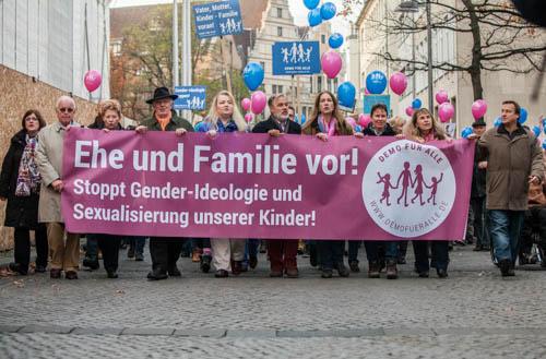 Starker Auftakt in Hannover: 1200 Teilnehmer gegen Genderwahn und Frühsexualisierung (1/2)