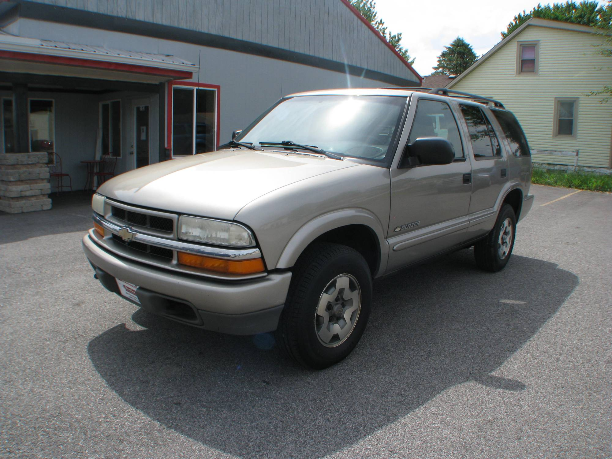 hight resolution of pre owned 2003 chevrolet blazer 4d suv 4wd ls