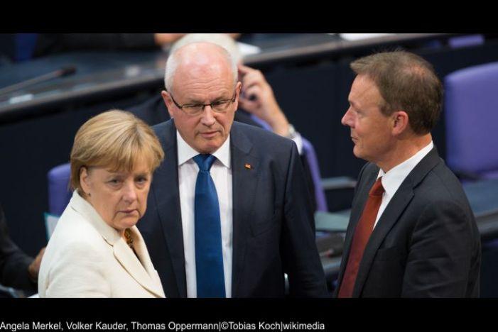 Merkel beruft Krisensitzung wegen Griechenland ein