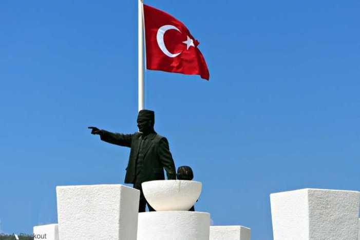 Linke beklagt mangelnden Schutz politisch Verfolgter aus der Türkei