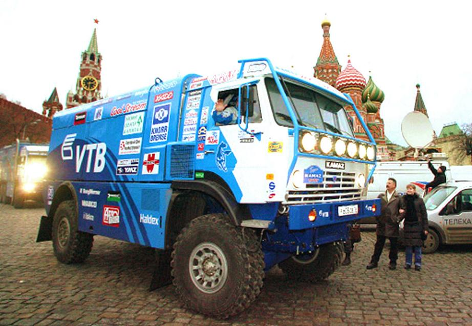 russian kamaz team makes it into the top five at the second leg mark of the dakar 2009 rally. Black Bedroom Furniture Sets. Home Design Ideas