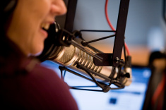 stock-photo-4236367-talk-radio-computer-on-air-microphone-talker