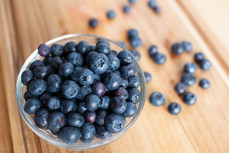 100-Calorie-Snack-Blueberries