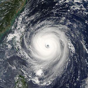 300px-Typhoon_Longwang_2005