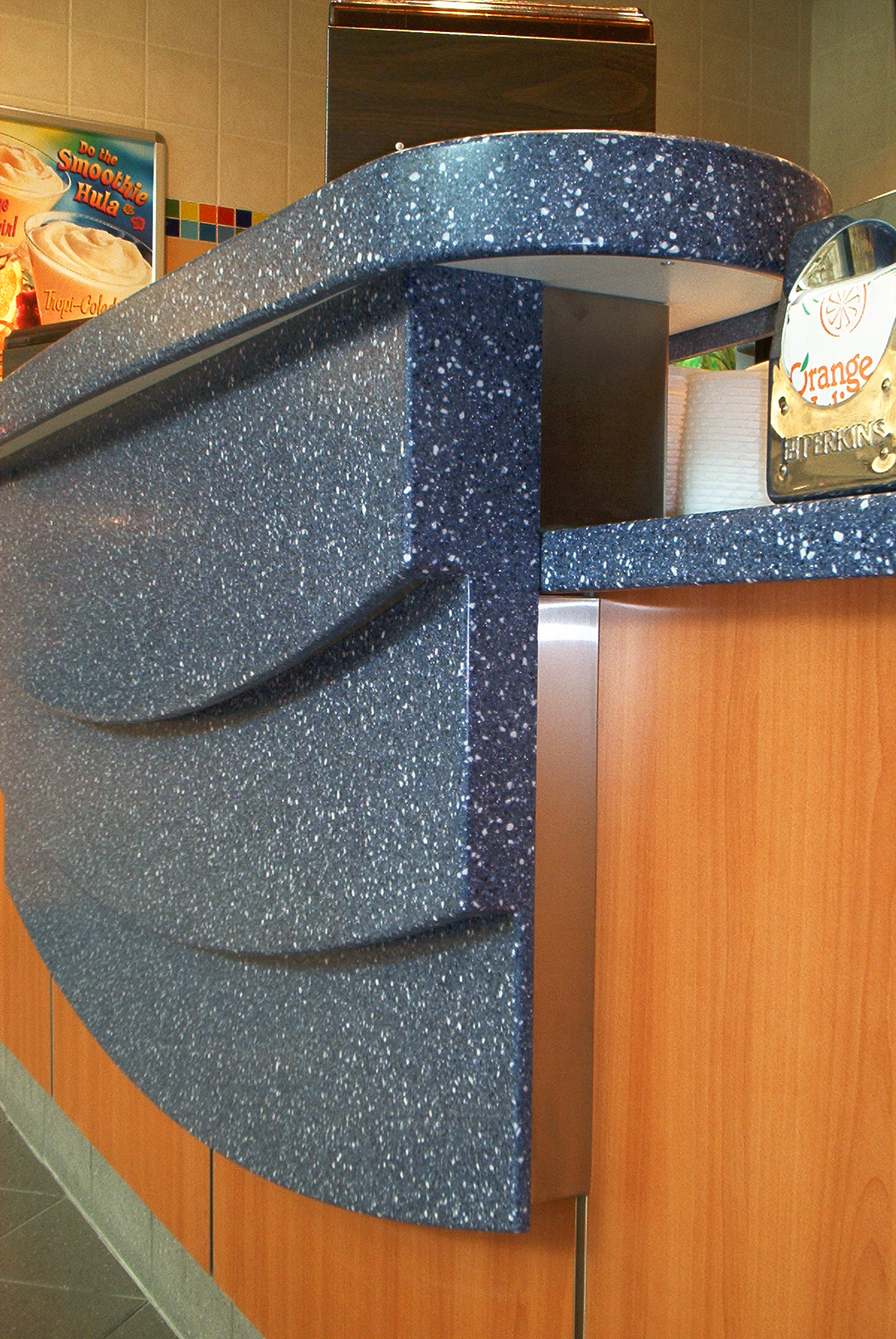 Advantages and disadvantages the bevelled edge for Synthetic countertop materials