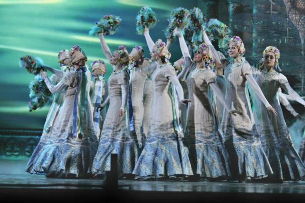 03e Russian National Ballet Kostroma Voices Russia