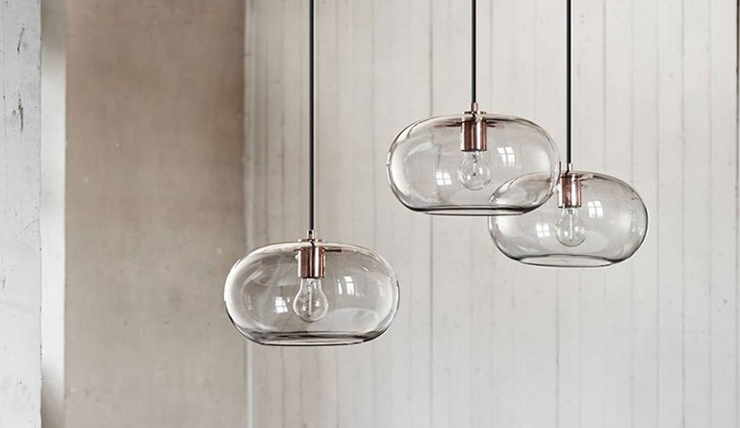 Dromen komen uit met deze glazen lamp  INTERIOR JUNKIE