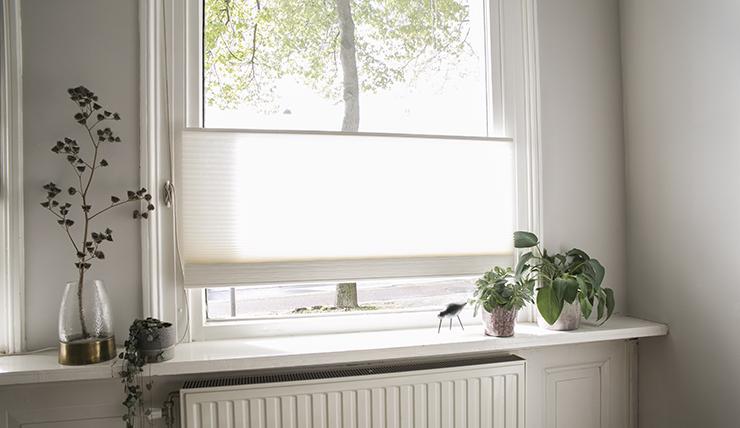 Mijn woonkamer is bijna af De raambekleding hangt al