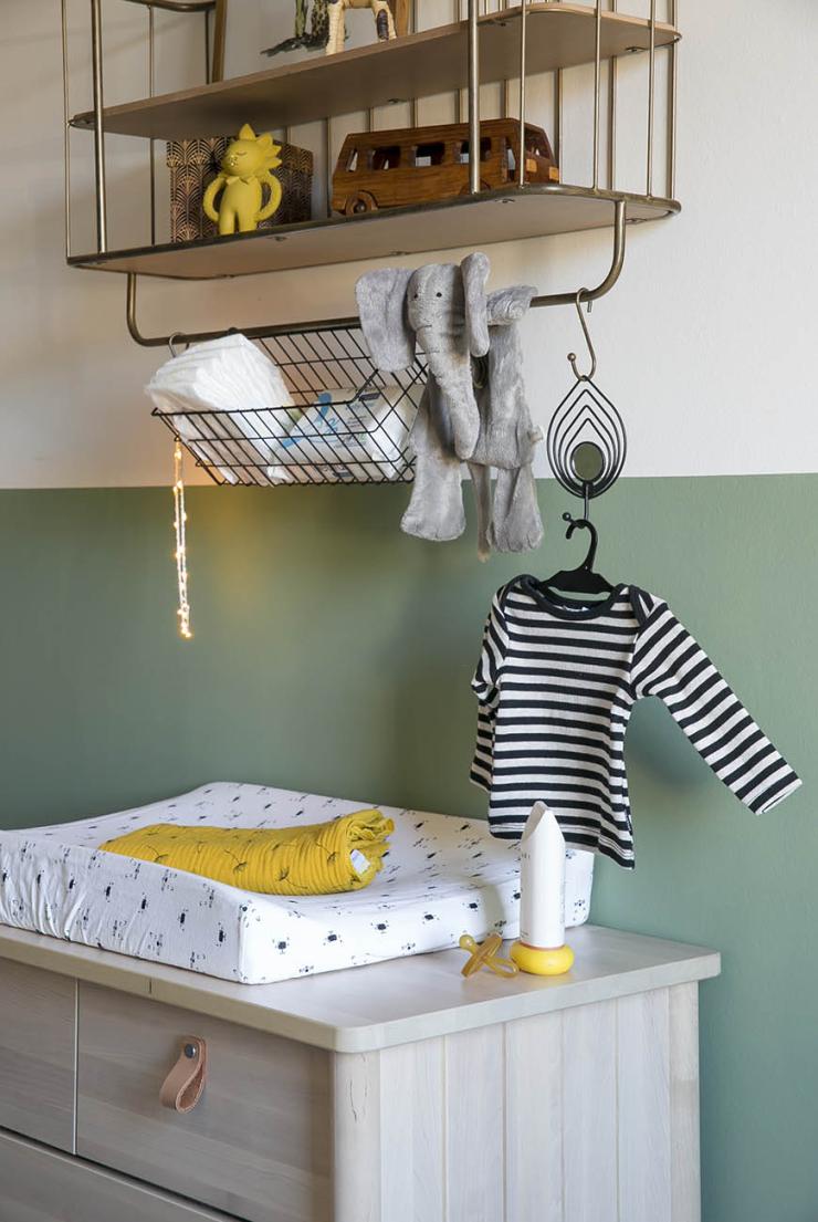 Baby tour in de babykamer van Sophie vol kleur  patronen