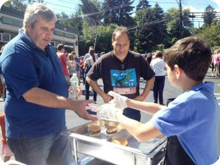 Dunville's was one of 24 restaurants offering free food. The sliders were a big hit.