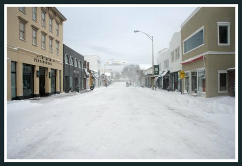 There were no white sales on Main Street today. (Photo by Katherine Hooper)