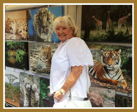 Former second selectman Betty Lou Cummings stopped by some striking animal art.