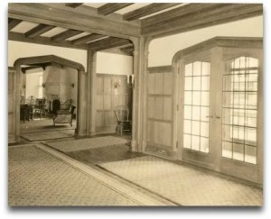 The Bedford Building lobby in 1923. Not much has changed in 90 years.