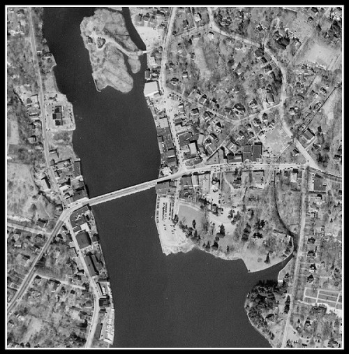 Downtown 1949 - before Parkekr Harding and other landfill