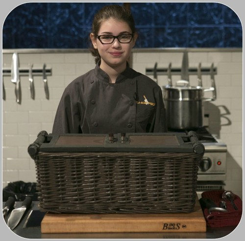 "Hannah Bukzin, on the ""Chopped"" set)"