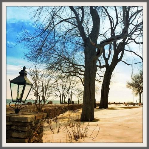 Beach scene - Betsy P Kahn