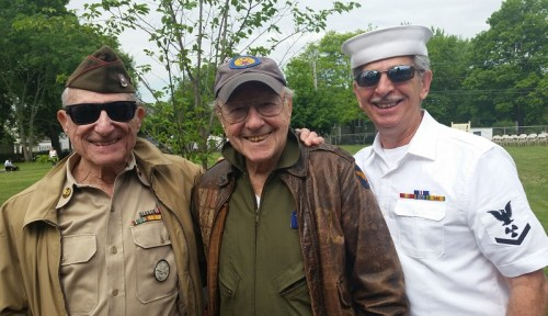 Proud veterans Leonard Everett Fisher, Bob Satter and Tony Esposito. (Photo/Linda Smith)