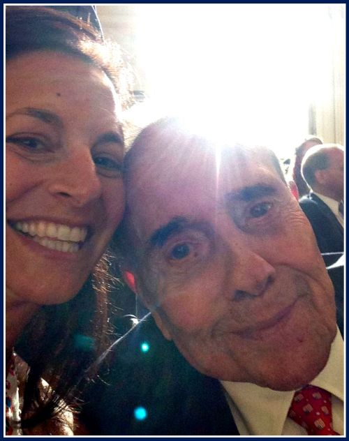 Former senator Bob Dole -- now 92 years old -- asked for a selfie with Dorian Kail.