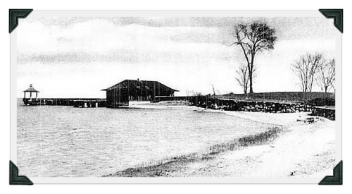The original Schlaet's Point boathouse.