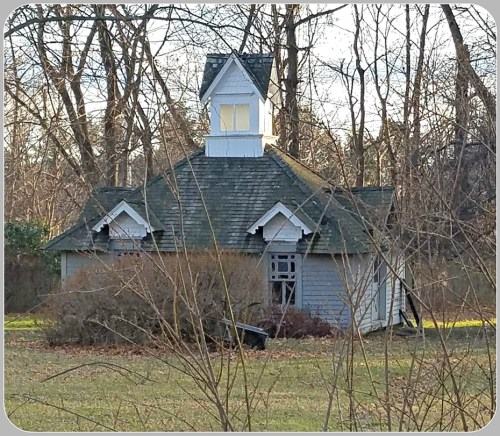 244-greens-farms-road-boathouse-moved-from-godillot-property