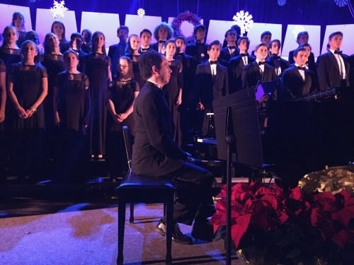 Dr. Robert Kwan accompanies the chorus and chorale.