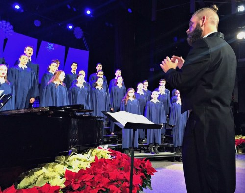 Luke Rosenberg led the choir in 4 beautiful songs.