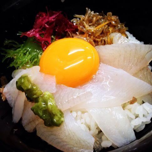 でべらの海鮮丼