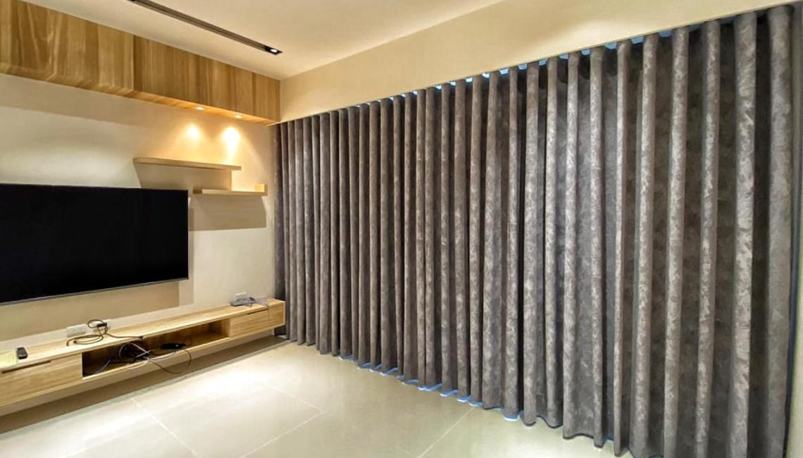 蛇行簾 客廳窗簾