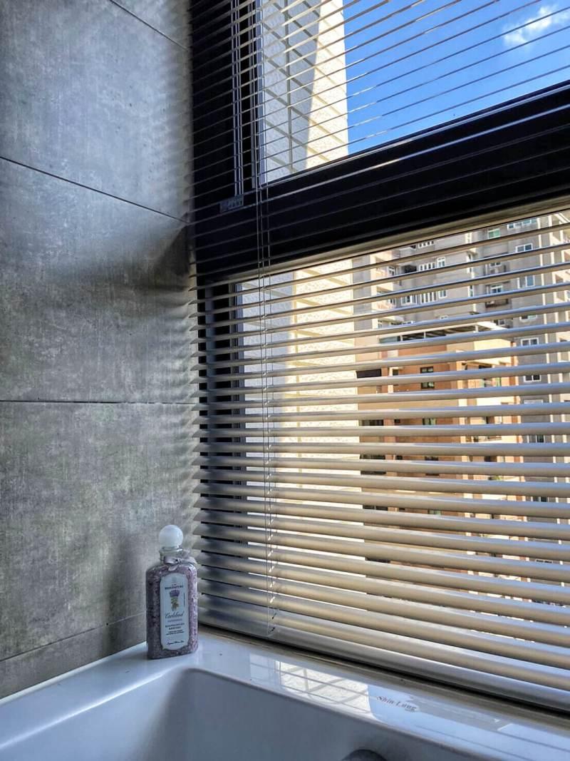 浴室用鋁百葉 新竹窗簾推薦案例