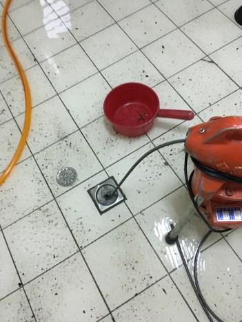 阿威通管行 電動通管機疏通